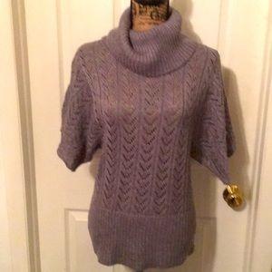 🌟EUC Machine crocheted Gray Turtle Neck Sweater